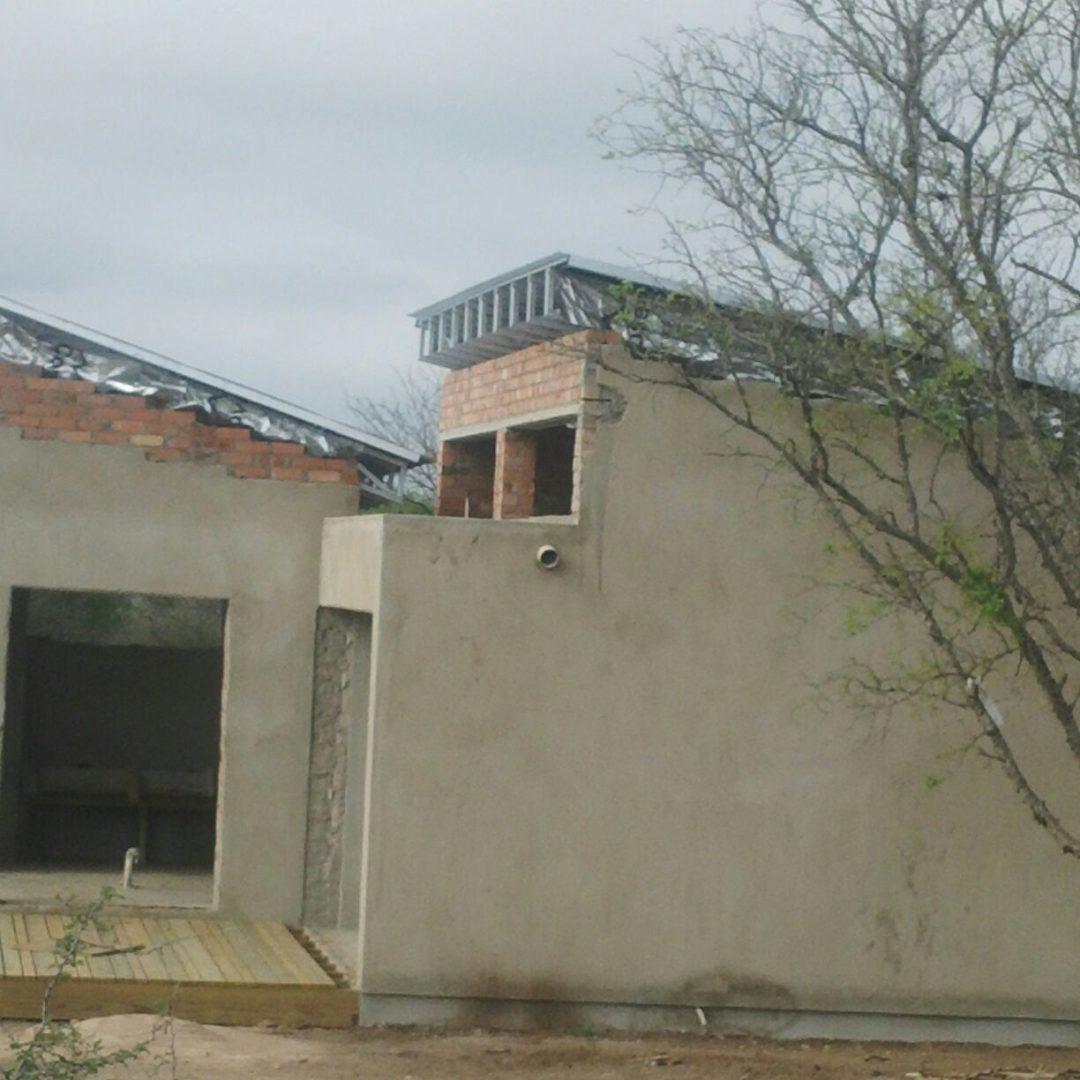 Elephant Kraal Game Reserve Living Quarters Roof