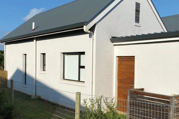 Seamless Aluminium Gutter Residential Installation